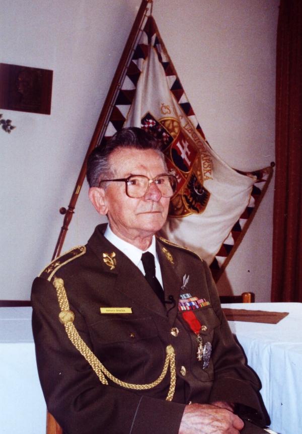 Antonín Špaček jako předseda Československé obce legionářské. Zdroj: Paměť národa