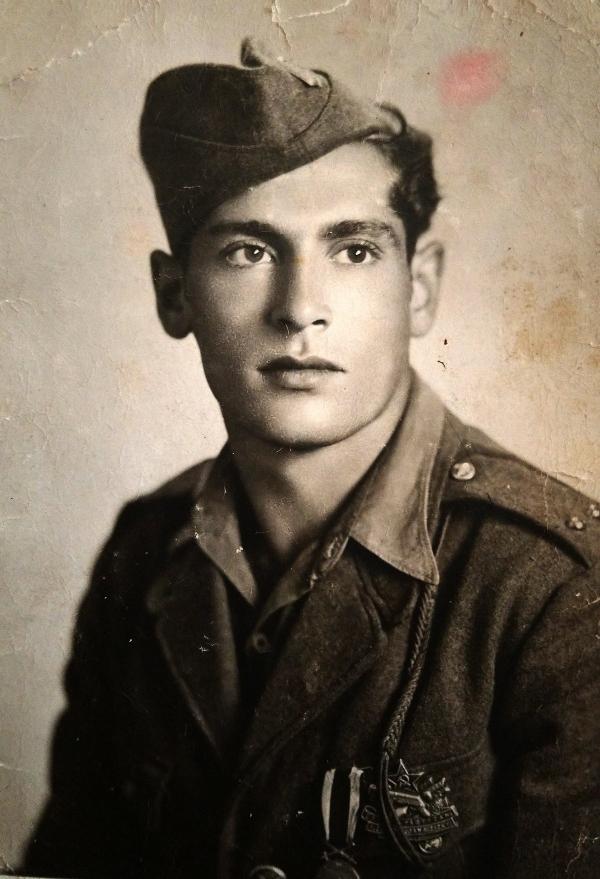Antonín Murka jako partyzán, po druhé světové válce. Zdroj: archiv pamětníka