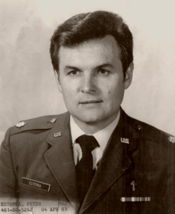 Jako kaplan amerického letectva. Foto: Paměť národa