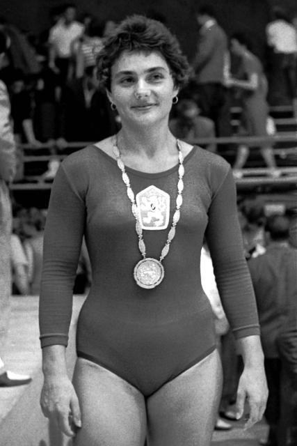 První trenérka Věry Čáslavské Eva Bosáková. Foto: ČTK