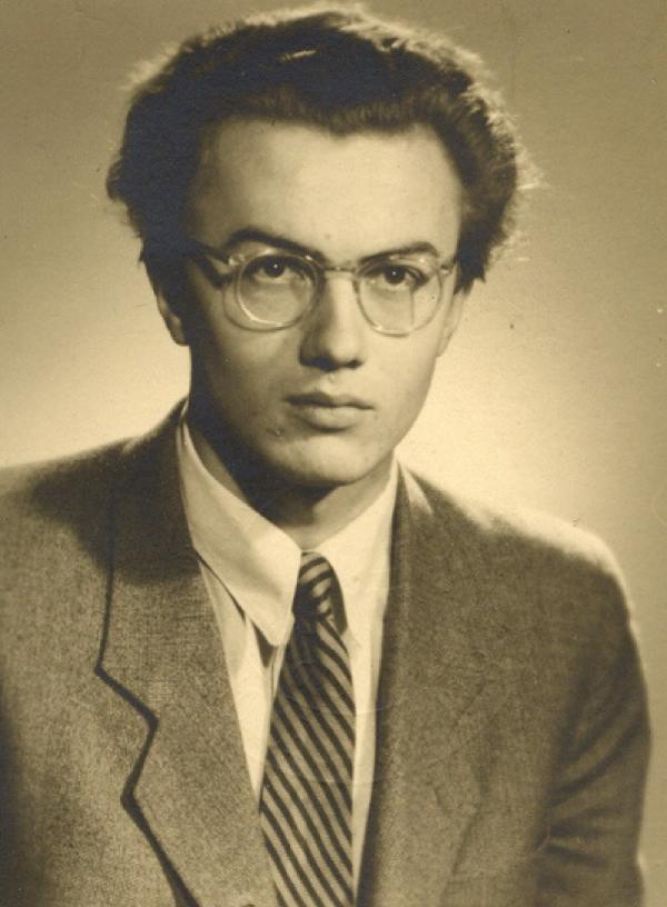 Jako maturant v roce 1946. Foto: Paměť národa