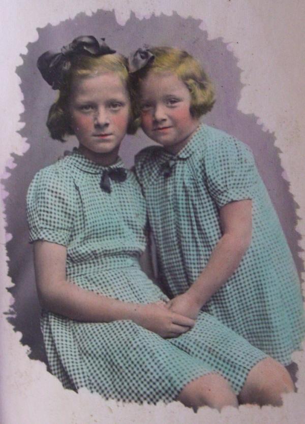 Helena Klímová skončila se svou mladší sestrou Hanou v sirotčinci, oba rodiče nacisté zavřeli do lágrů. Zdroj: Paměť národa