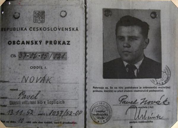 Falešný průkaz Zdeňka Hostaši.
