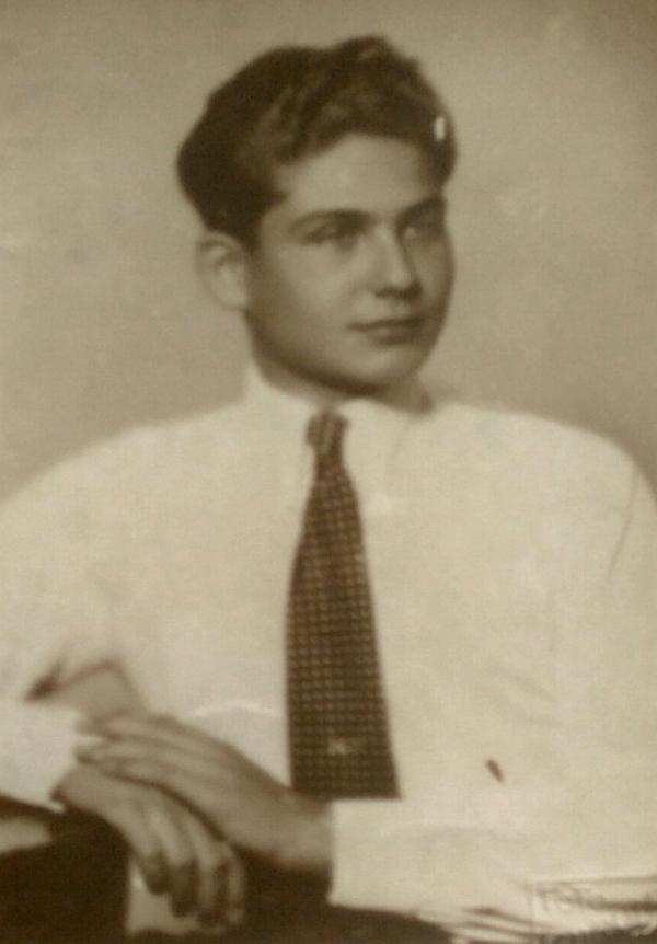 Patnáctiletý Jiří v roce 1939, kdy odjel vlakem do Anglie díky akci Nicholase Wintona. Foto: Paměť národa