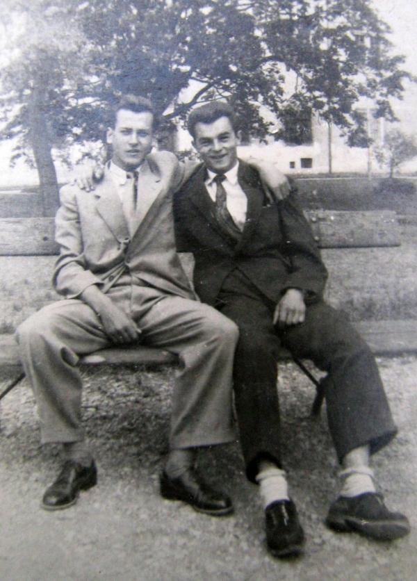 Karel Metyš s přítelem Janem Peclem. Foto: Paměť národa