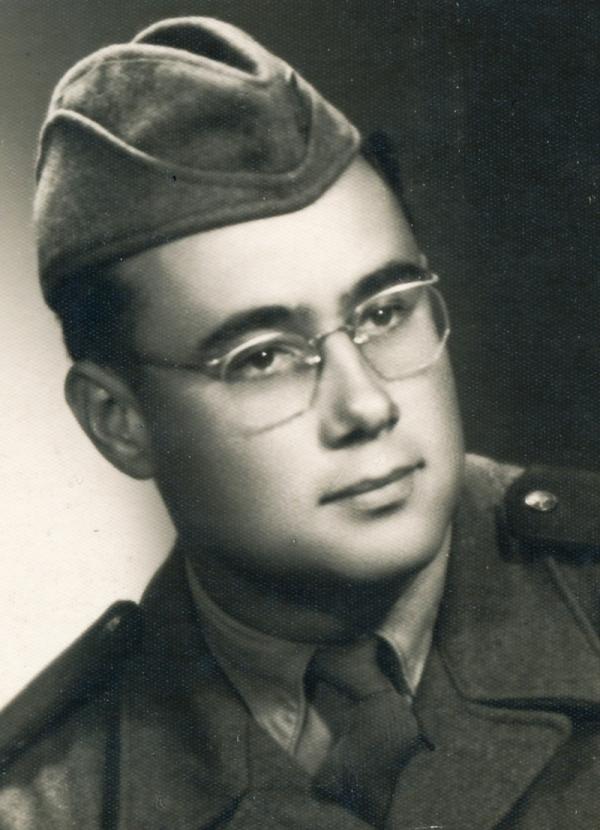 Pavel Konzal v uniformě PTP. Foto: Paměť národa