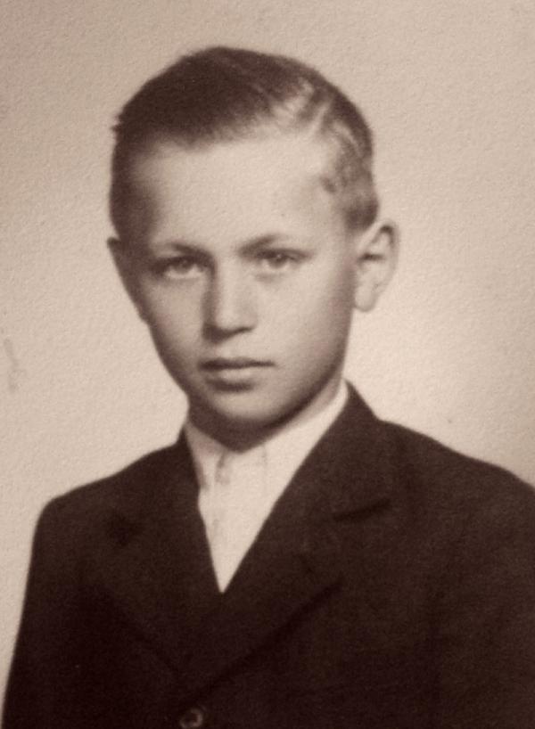 Zdeněk Kraus jako chlapec. Zdroj: Paměť národa