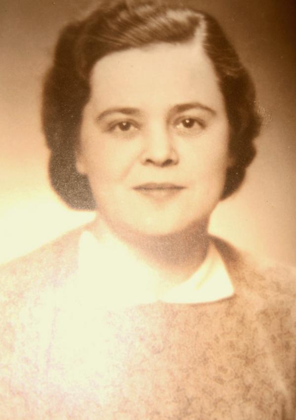 Amálie Weiszová — pro Věru teta Malčinka.