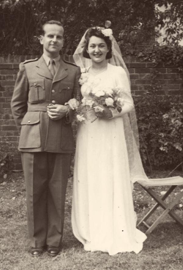 Miloš a Olička, svatba, Oxford 1942.