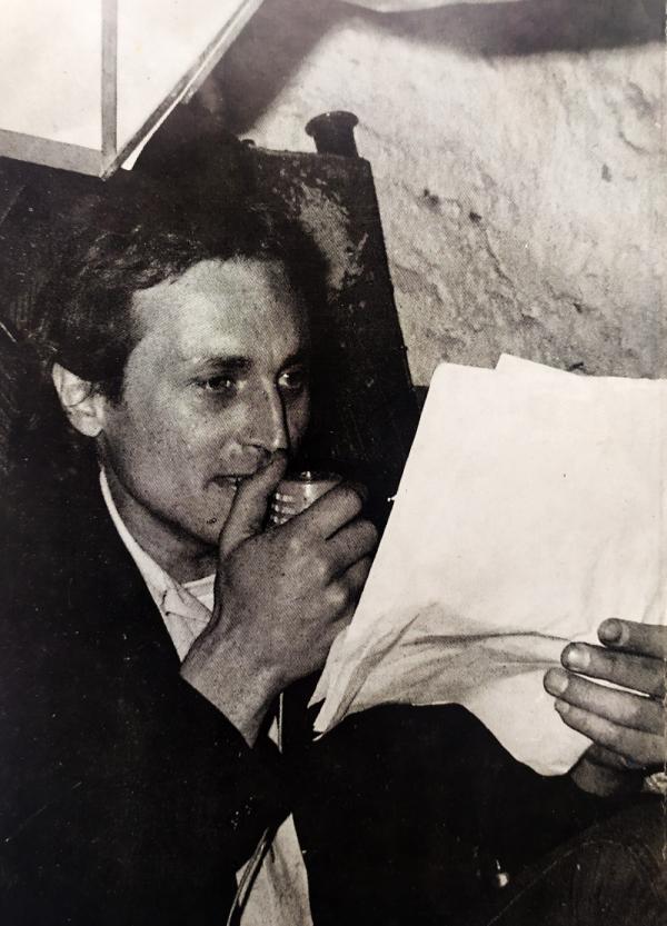 Při čtení své poezie. Foto: Ondřej Němec