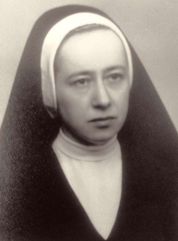 Sestra Petra Mendrošová v 50. letech. Foto: Paměť národa