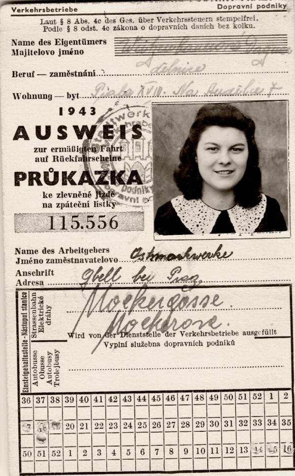 Průkazka na pražskou dopravu v době totálního nasazení v Kbelích.