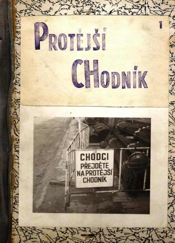 Samizdatový časopis Protější chodník z roku 1988.