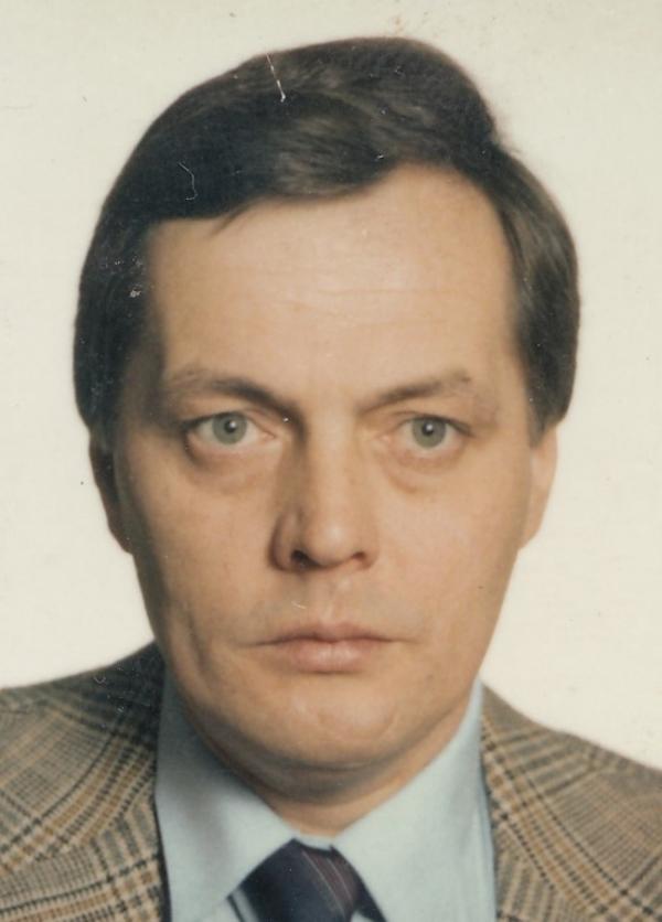 René Matoušek na portrétní fotografie z občanského průkazu. Zdroj: Paměť národa