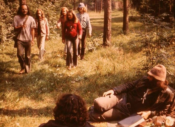 Lvovští hippies v Lotyšsku v roce 1979. Foto: archiv Alika Olisevyče