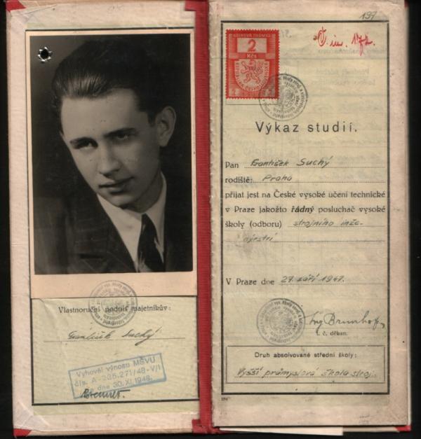 Studentský index Františka Suchého. Foto: Paměť národa