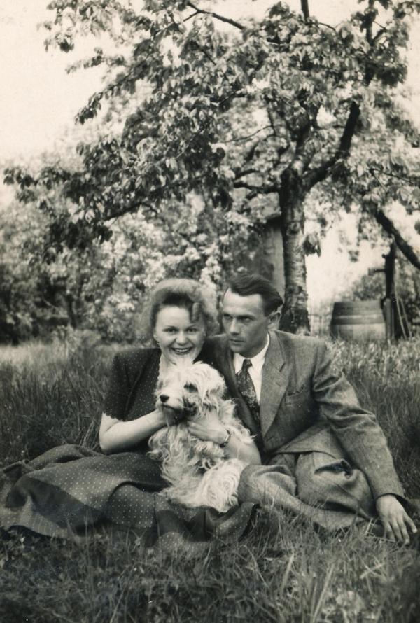 Se snoubencem Otakarem Čeňkem Truncem v roce 1949. Foto: Paměť národa