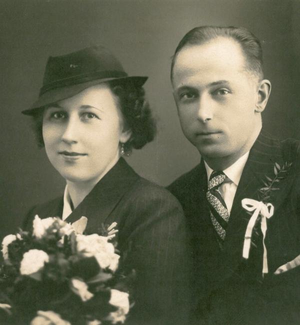 Svatební foto Ludmily Zadníčkové. Foto: Paměť národa