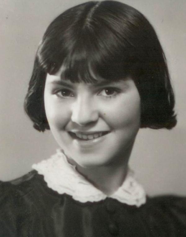 Zuzana Beckmannova v dubnu 1939.