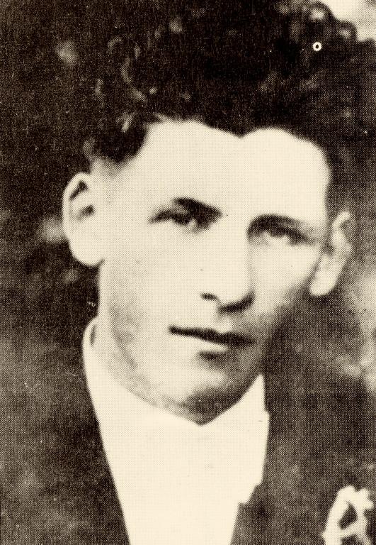 Tatínek Bohuslav Žák. V době tragédie mu bylo 34 let. Foto: Paměť národa