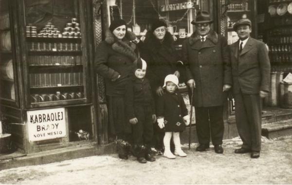 Rodinný obchod v Novém Městě na Moravě