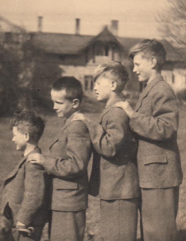Bratři Dohalští, zleva Václav, Jiří, Antonín a Zdeněk.