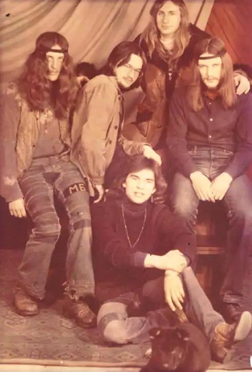 Alik s přáteli v roce 1981. Zdroj: archiv Alika Olisevyče