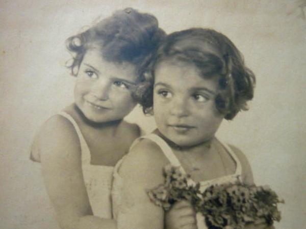 Ilsa a Margit Drexlerovy asi v roce 1928.