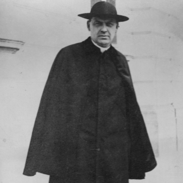 Hrabě a kněz Antonín Bořek-Dohalský, který zemřel v Osvětimi v září 1942.