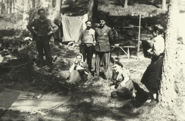 V tábořišti s muži ze Sachsenhausenu u města Crivitz našly lidické ženy bezpečí. Foto: Paměť národa/Milada Cábová