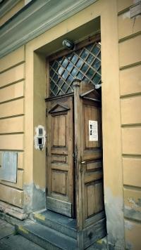 Vstupní dveře do Domečku. Foto: Post Bellum