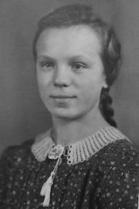 Anna Matysová (Kršková) v mládí