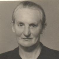 Babička Anna Matysová