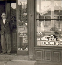 Hodinářství Kuttler v Městě Libavá, před 2. světovou válkou