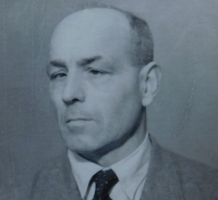 Otec Josef Matys
