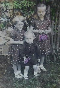 Sourozenci Matysovi - Herta, Kurt a Anna v roce 1934