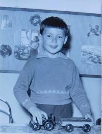 Stanislav Stojaspal v dětství