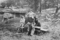 Stanislav Stojaspal (on the left) at Hamans, the neighbours, whose children later emigrated to the USA