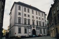 Budova Cyrilometodějské teologické fakulty v Olomouci v roce 1996