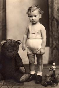 Jakub Sviták asi dvouletý