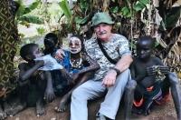 S dětmi z kmene Surma, Afrika