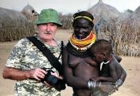 U kmene Nyangaton, Afrika