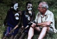 S příslušníky kmene Surma, Afrika