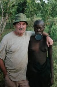 U kmene Surma, Afrika