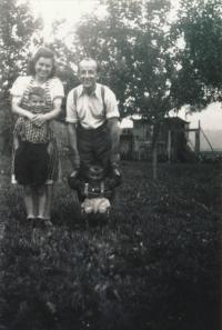 12. 5. 1945 První otcův návrat po válce, Nové Město nad Metují