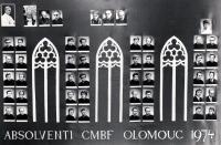 Tablo absolventů Cyrilometodějské bohoslovecké fakulty v Olomouci / Adam Rucki (čtvrtá řada zleva, druhý shora) / Olomouc 1974