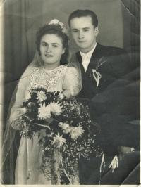 Svadobná foto (1950)