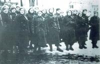 Přísaha 2. paradesantní brigády (pamětnice označená křížkem), Jefremov, únor 1944