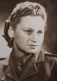 Božena Koutná (Ivanová), 1945