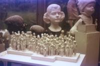 Desetinový model Pomníku dětským obětem války z konce 80. let